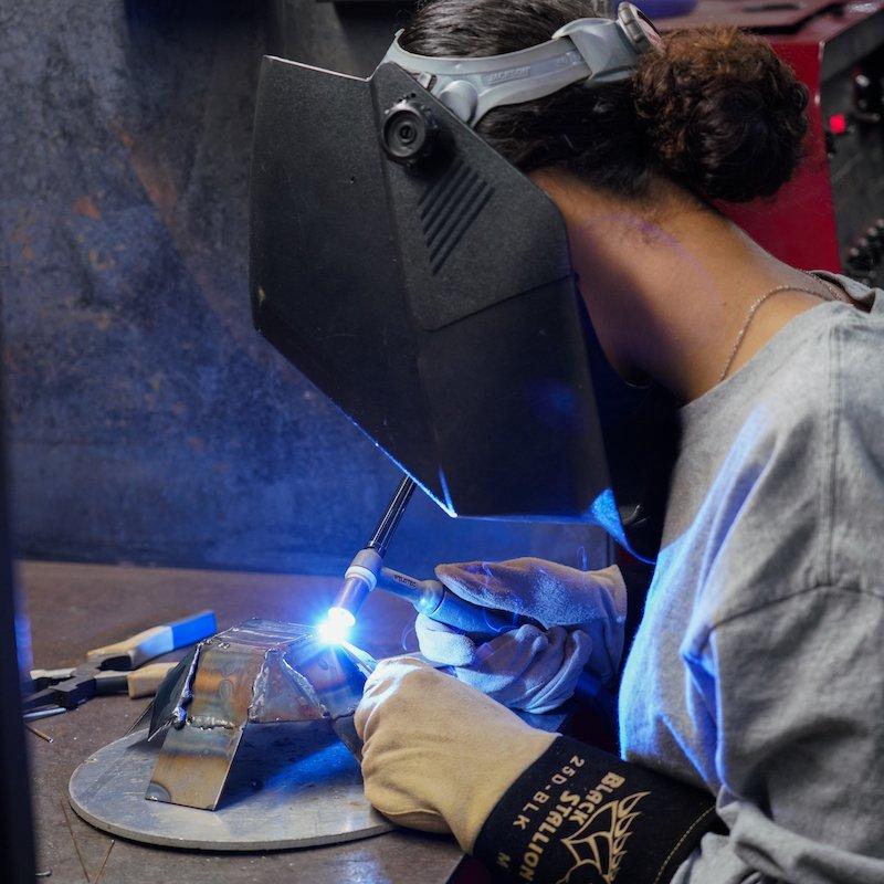womens tig welding
