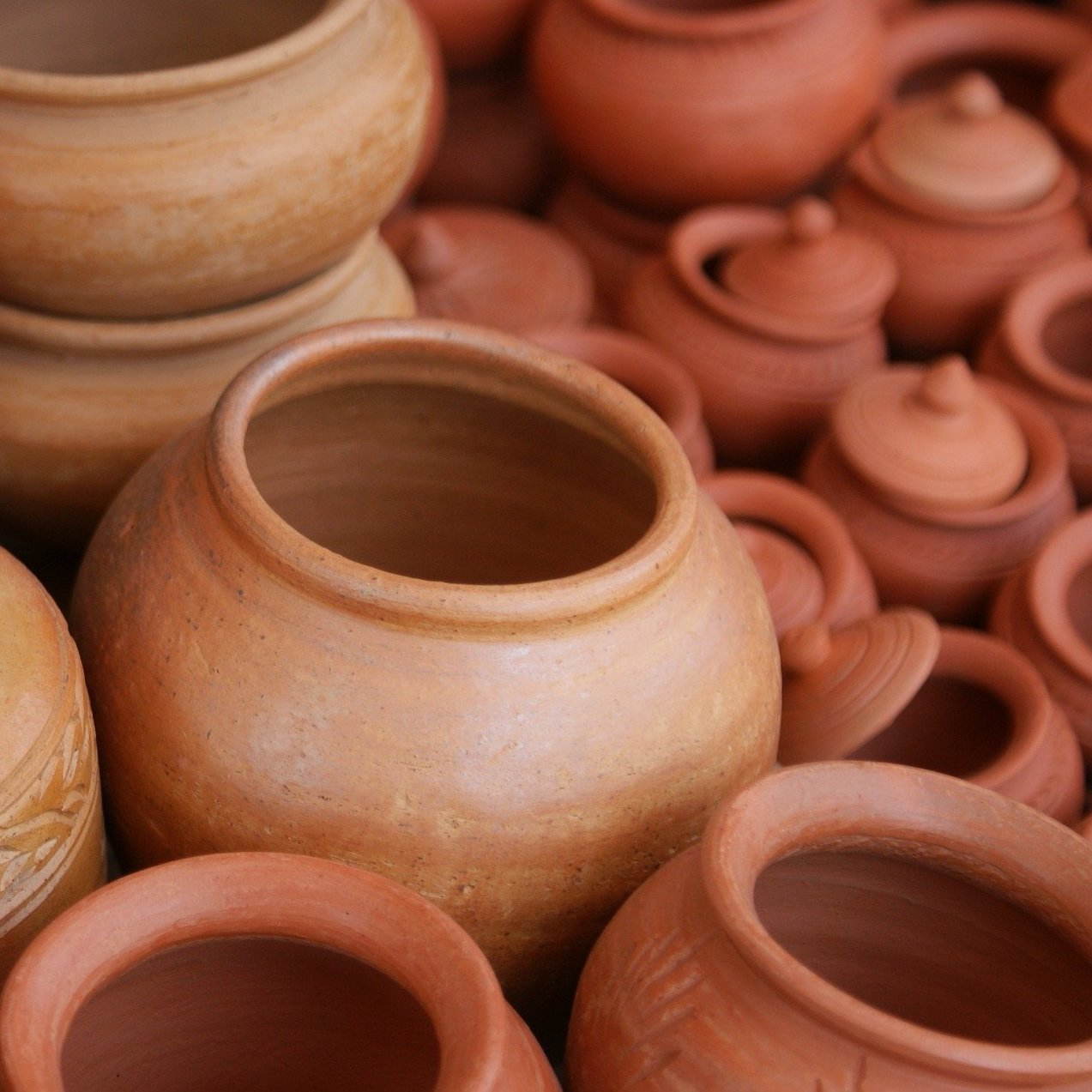 Guide to Ceramics: Types, Materials, & How-To Learn